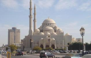 Al-Noor-Mosque-in-Sharjah-UAE-01